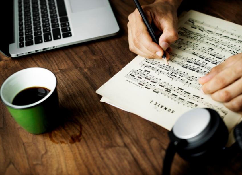 初心者がオリジナル曲を作る3つのコツ